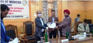 Director ISM reviews functioning of AYUSH sector ...