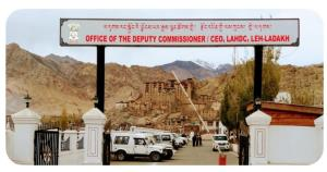 Campaigning for LAHDC Leh polls ends; voting on T...