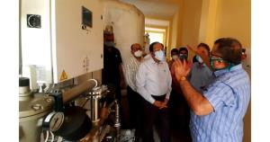 Advisor Bhatnagar visits GMC Jammu, reviews progr...