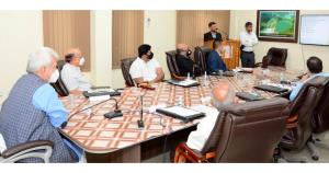 Lt Governor reviews issues of water resources dev...