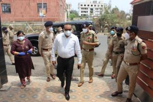 DGP visits COVID-care facility for police personn...