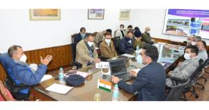 Principal Secy to LG reviews Srinagar Smart City ...