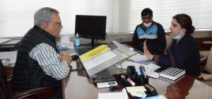 Advisor Farooq Khan reviews progress on mega spor...